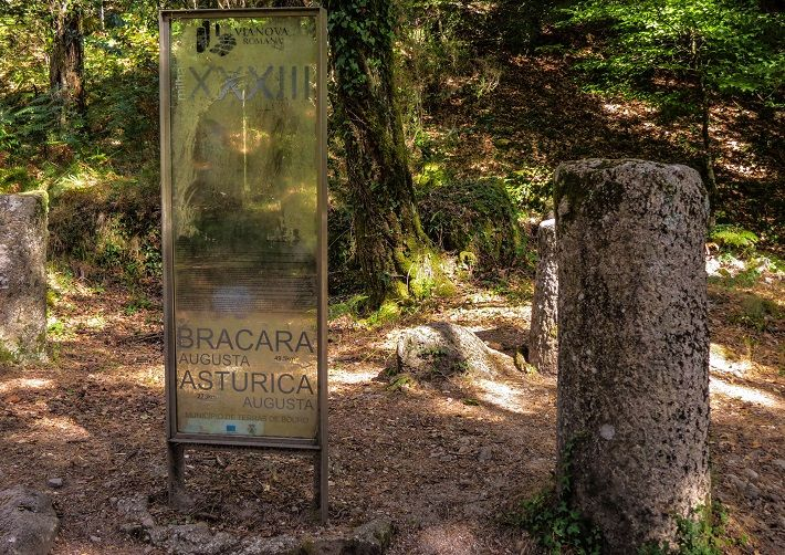 Peneda Gerês National Park hiking & walking tours Portugal. Albergaria woods, roman roads, waterfalls, traditional villages, stunning landscape and delicious local food
